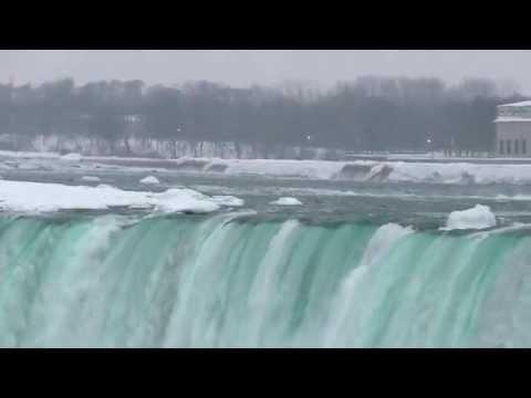 Niagara Falls in Winter 2015