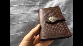 Обложка для документов из кожи - leather cover(Сшил подарок отцу на 23 февраля - обложка для документов из кожи., 2014-03-05T02:12:04.000Z)