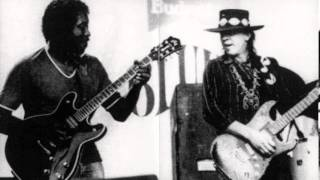 Stevie Ray Vaughan - Commit a Crime (1989) look out for the Octavia