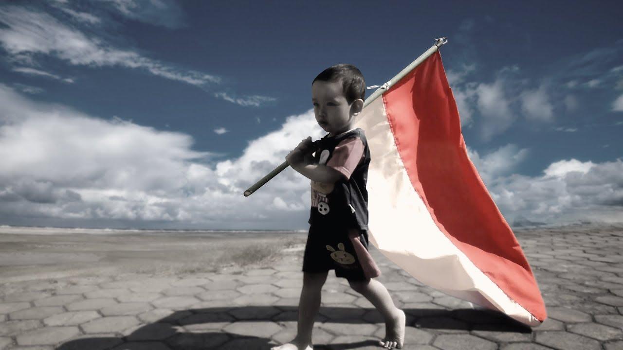 100 Gambar Anak Pegang Bendera Merah Putih Paling Bagus