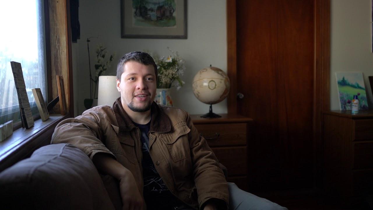 Depoimento de Pedro de Carvalho sobre o pai Olavo de Carvalho