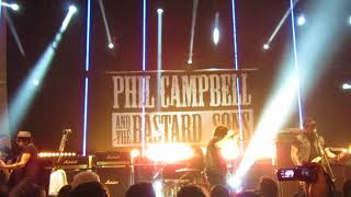 Phil Campbell And The Bastard Sons - Ringleader (Live in Toulouse 2018)