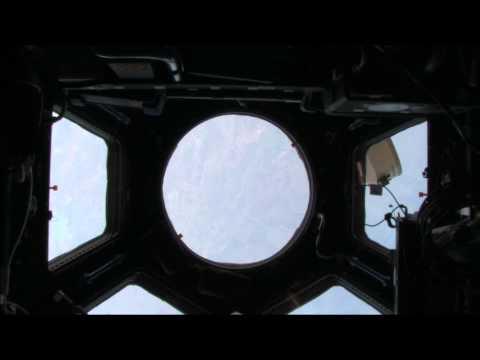 Trailer do filme First Orbit