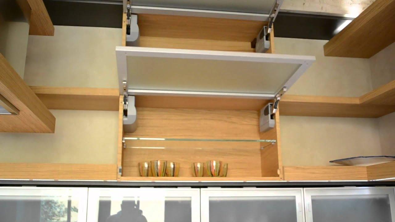 Cucina ante vetrate con apertura motion youtube - Cucine con vetrate ...