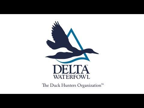 Delta Waterfowl Deluxe Hand Warmer Muff Realtree Max-5 Camo