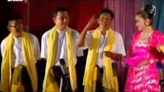 khine hnin wai latest ah nyeint dance 2
