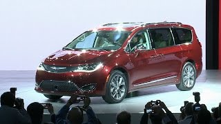 2017 Chrysler Pacifica: NAIAS 2016 Minivan Reveal Highlights