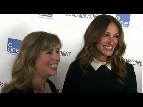 Julia Roberts With Emma Roberts & Big Sister at Jesus Henry Christ Premiere