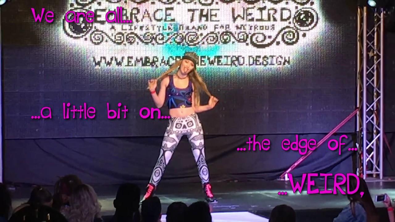 Italian Florence: Embrace The Weird (A Fashion Show Experience)!