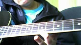 в траве сидел кузнечик на гитаре