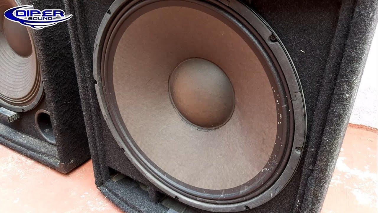 Alien vs Soundbarrier, cual suena mejor?