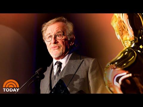 Steven Spielberg Faces Backlash For Proposing Netflix Oscar Ban   TODAY