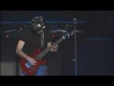 Joe Satriani - Searching Solo G3