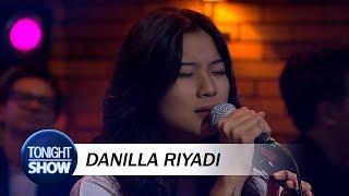 Danilla Riyadi - AAA (Special Performance)