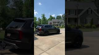 Kia Telluride towing a little guy Max