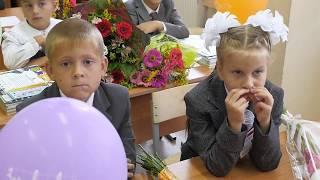 1 сентября: линейка и первый урок(Первый раз в 1 класс. Видеосъёмка и монтаж детских мероприятий., 2016-05-12T12:33:38.000Z)