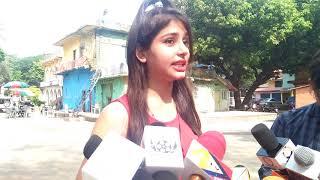 "Gambar cover Bhojpuri Movie on locationShooting of PNJ Films  ""AAWARA   BALAM"" Shivangi Shah"