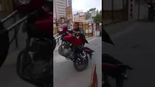 jamaika icen cocuk motor sürerse