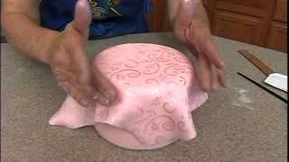 Quintessential Quinceanera Celebration Cake Video Trailer