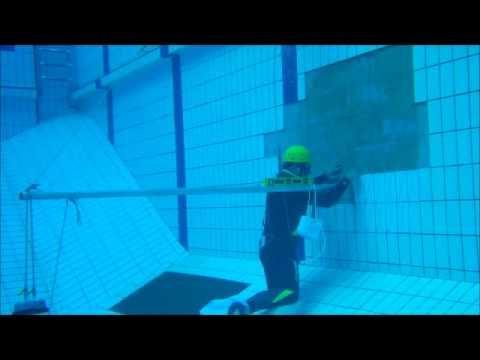 Colagem de azulejos em paredes de piscinas sem tirar a - Colocar fotos en pared ...