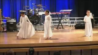 Pantomima ( Iglesia) - Lilly Goodman