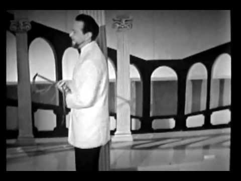 Alfred Drake at his magnificent best!  Live from London 1950s Songs from Kismet and Oklahoma