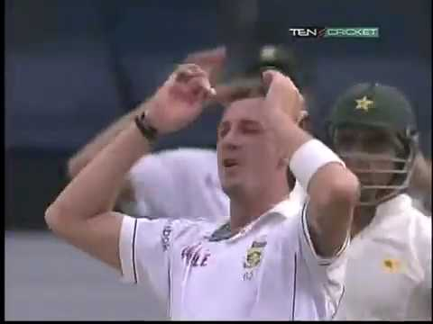 Dale Steyn Vs Mohammad Hafeez Epic Battle 2010