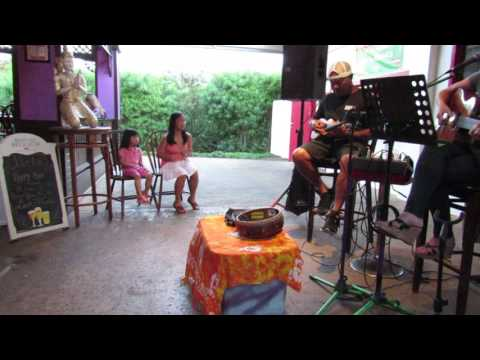 Dinner and live music Kauai 4/2/2017