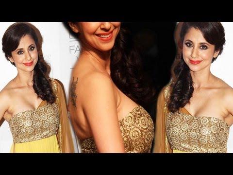 Urmila Matondkar in Gold and Yellow Dress look Stunning!!! thumbnail
