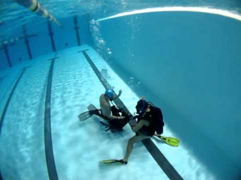 Plong e piscine aurillac doovi for Piscine atlantis albi