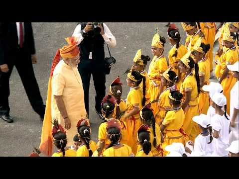 PM Modi greets children at the 71st Independence Day Celebrations at Red Fort, Delhi
