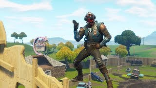 Playing with TAQUILLAZO **SKIN HIDDEN LEGENDARY**!!! FORTNITE: Battle Royale ? Stratus