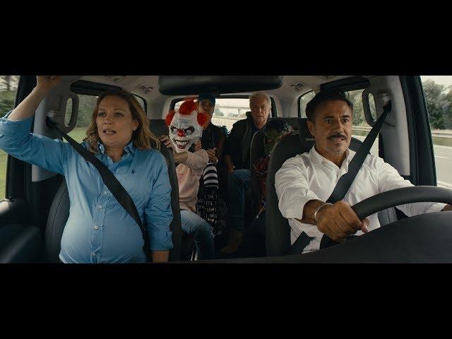 せっかくのバカンスがトンデモなドライブに!映画『ボン・ボヤージュ~家族旅行は大暴走~』予告編