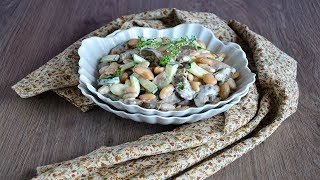Салат из печени с огурцом и фасолью