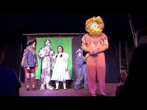 Dolores Mission catholic School performs wizard of oz jr