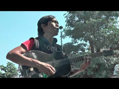 Pengamen Nyanyi Lagu Purwakarta Istimewa dipanggil Bupati