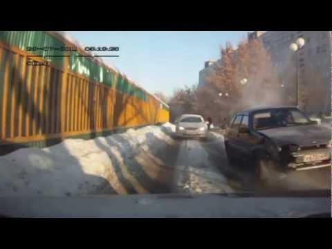 Smagākās auto avārijas video