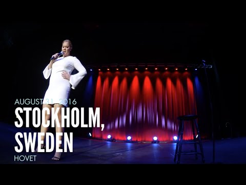 Amy Schumer Gets Heckled in Stockholm
