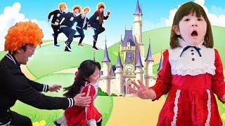 お城で鬼ごっこ王子探し姫救出の逃走劇ボンボンTVよっちに捕まえた UUUMガチ鬼ごっこ2018冬