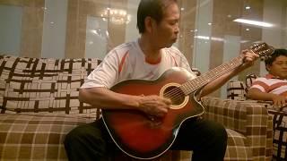 Tiếng đàn ta lư guitar