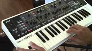 2. How to play funky synth bass - for bass players