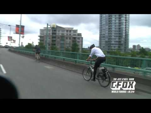 Mayor Gregor Robertson VS Capt Scotty In A Bike Race To City Hall