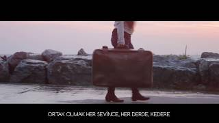Gripin - Arkadaş ( Lyric Video )