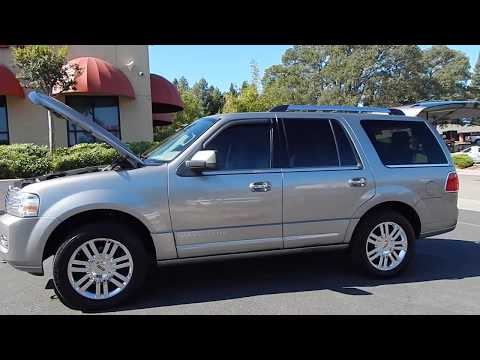 2008 Lincoln Navigator video overview and walk around.