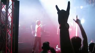 Machine Gun Kelly feat. Vilmer: Till I Die -  live i Store Vega