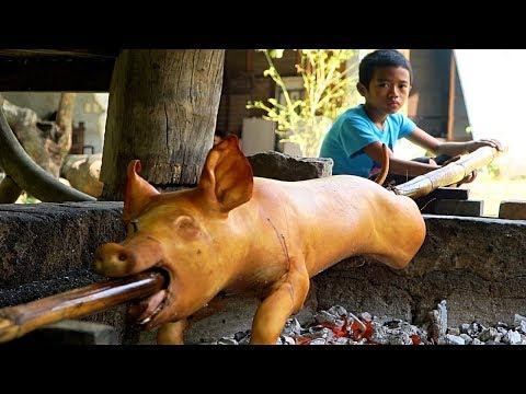 Village Lechon in Pampanga (BETTER THAN CEBU?!) My FAVORITE food in the Philippines!!