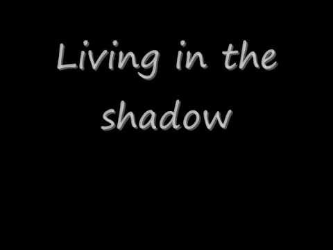Ashlee Simpson  - Shadow lyrics