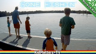 Fishing off Dock | Kids First Time Fishing | Family Fun at the Lake [4K] [KM+Parks&Rec S01E18]