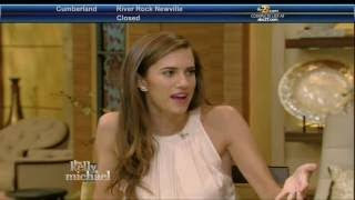 Allison Williams interview Live! With Kelly and Michael 02.15.2016