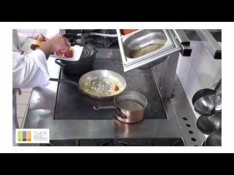 Filet Mignon De Porc Rôti Et Ses Pêches Confites Au Jurançon